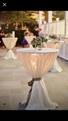 Elegant fall neutral wedding cocktail tables Related posts:boho bridal hair comb, rustic wedding comb, bridal comb, flower comb, fall Stunning Fall Wedding Bouquets to Match Your Big Day Sunflowers Design Cocktail Wedding Reception, Cocktail Tables, Cocktail Table Decor, Outdoor Cocktail Party, Party Outdoor, Outdoor Camping, Wedding Reception Tables, Wedding Table Covers, Fall Wedding Cocktails