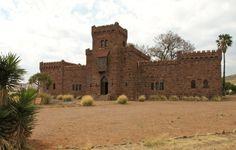 Duwisib - eine deutsche Ritterburg in Namibia. Kaiser Wilhelm, Namibia, Monument Valley, Nature, Travel, Travel Report, German, Viajes, Naturaleza