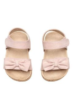 f9b27430ab1 21 Best Little Happy Feet - Baby Girls Shoes images
