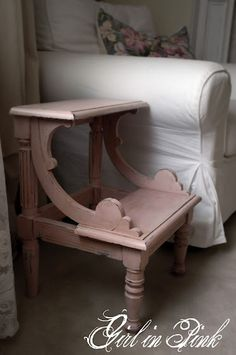 One Girl In Pink: Charming Little Antoinette Prayer Bench (?).  Annie Sloan's Old White,  Antoinette, clear and dark waxes.  one girl in pink blog.