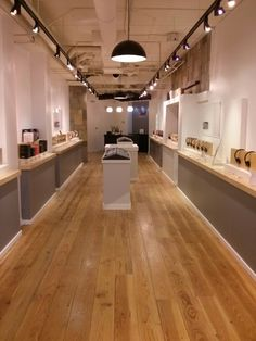 Our beautiful headphone shop! Retail Interior Design, Room Interior, Pastry Shop Interior, Cafe Shop Design, Electronic Parts, Steel Furniture, Nature Decor, Showroom Ideas, Home Appliances