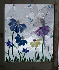 Summer Flowers Stained Glass in Vintage Windows and Original Hardware - Cool Glass Art Designs Mosaic Flowers, Stained Glass Flowers, Stained Glass Designs, Stained Glass Projects, Stained Glass Patterns, Stained Glass Art, Sea Glass Crafts, Sea Glass Art, Mosaic Art