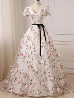 Evening Dresses With Sleeves, Cute Prom Dresses, Sweet 16 Dresses, Elegant Dresses, Pretty Dresses, Evening Gowns, Formal Dresses, Quince Dresses, Sweet Sixteen Dresses
