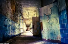 Hitler's hospital: The haunting remains of Nazi Germany's Beelitz Sanatorium, where the rusting operating tables have lain untouched since it was abandoned Abandoned Buildings, Abandoned Asylums, Abandoned Places, Scary Ghost Pictures, Ghost Photos, Real Haunted Houses, Paranormal Photos, Abandoned Hospital, Real Ghosts