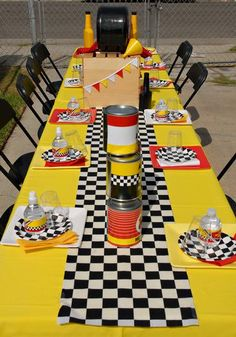 Hostess with the Mostess® - Cars/Lightning McQueens Party