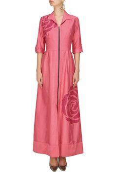 #perniaspopupshop #nachiketbarve #embroidered #clothing #shopnow #happyshopping