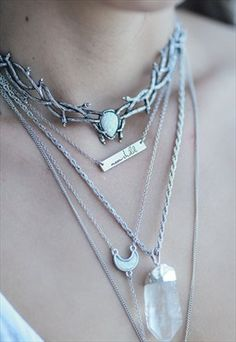 Skadi Thorn Ice Opal Choker