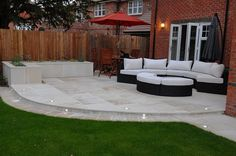 Excellent Patio And Backyard Designs The post Patio And Backyard Designs… … - Garten Dekoration Back Garden Design, Modern Garden Design, Small Back Garden Ideas, Small Garden Patios, Small Garden Inspiration, Patio Ideas For Small Gardens, Cosy Garden Ideas, Garden Lighting Ideas, Simple Garden Ideas
