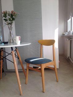 Renovated chair by Rajmund Teofil Hałas Mind Blow, Mid Century Design, Vintage Love, Mid-century Modern, Furniture Design, Dining Chairs, House Design, Interiors, Retro
