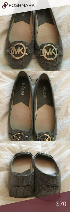 💥New.💥 Michael Kors leather flats Please see all photos for full description and details. Michael Kors Shoes Flats & Loafers