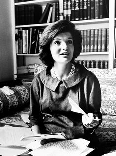 Jacqueline Kennedy photographed by Ed Clark, 1960.