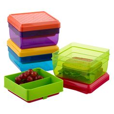 The perfect solution to flattened sandwiches, smashed fruits and lukewarm lunches is here with our Lunch Pak™ Carrier.