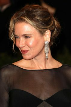 Renee Zellweger's Classic Bun - Haute Hairstyles for Women Over 40 - Photos