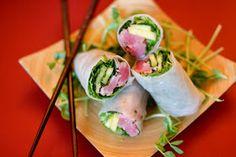 Seared Ahi Tuna Spring Rolls (w/ yummy dipping sauce) Asian Recipes, Healthy Recipes, Ethnic Recipes, Free Recipes, Rice Paper Rolls, Seared Tuna, Tuna Steaks, Spring Rolls, Summer Rolls