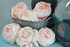 DIY Fabric Flowers : DIY fabric peonies and roses
