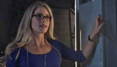 Felicity from Arrow 2x01 'City of Heroes'