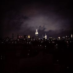 """""""Gotham City"""" (spotted on http://NYSEE.IT)"""