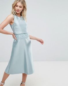 Buy Oasis Lace 2 In 1 Dress at ASOS. With free delivery and return options (Ts&Cs apply), online shopping has never been so easy. Get the latest trends with ASOS now. 21st Dresses, Gala Dresses, Homecoming Dresses, Sexy Dresses, Evening Dresses, Party Dresses, Wedding Dress Types, Oasis Dress, Long Formal Gowns
