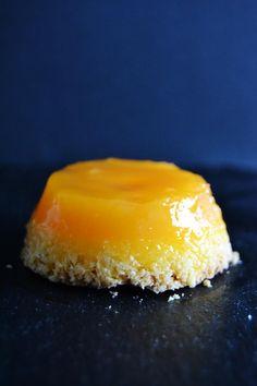 Amarelos... Captando toda a nossa atenção...     Yellow... Capturing  all our attention  ...          Ingredientes:   10 gemas  2 ovos  ...