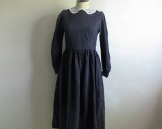 Country Chic 80s Laura Ashley Dress Plaid Dark Blue Red Check Cotton-Wool 80s Lace Collar Designer Dress 6