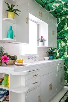"""Kristen's Palm Beach-Inspired Home In Burbank... Amazing way to turn an ishy-old home in the Valley into a cute retro home. Sometimes you just have to go with the """"kitch""""!"""
