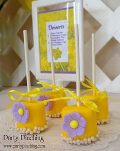 mothers day daffodil dessert table