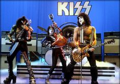 Paul Stanley images KISS ~Rome, Italy…December 2, 1982 (Creatures ...