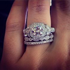 Engagement Rings So beautiful. Antique Style Halo Engagement Ring - Halo engagement rings – yay or nay? If 2014 taught us anything, it's that halo engagement rings aren't going anywhere any time soon. This huge trend swept the world of bridal jewe… Halo Engagement Rings, Wedding Engagement, Antique Engagement Rings, Antique Wedding Bands, Most Popular Engagement Rings, Diamond Rings, Diamond Cuts, Halo Rings, Solitaire Rings