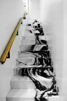 Black and white marble staircase - Stairs Interior Design Inspiration, Home Interior Design, Interior Architecture, Interior And Exterior, Marble Interior, Black Architecture, Marble Stairs, Marble House, Marble Room