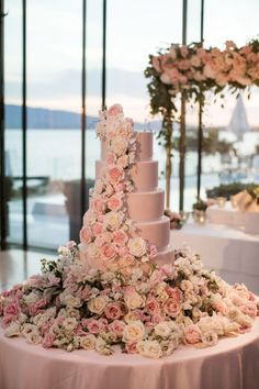 A luxury blush floral-filled destination wedding in Switzerland with the most dreamiest of Princess-worthy wedding cakes - just look at it! Photo: by Samuel Lippke Studios Florals: by Tabea Maria-Lisa Käser-Braun Florist & Decoration Luxury Wedding Cake, White Wedding Cakes, Wedding Cakes With Flowers, Dream Wedding, Wedding Cake Tables, Floral Wedding Cakes, Cake Table Decorations, Wedding Decorations, Beautiful Wedding Cakes