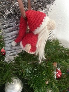 Santa Claus Amigurumi is crochet handmade. It is perfect as a Christmas ornament on the table, to the Christmas Tree. Crochet Christmas Ornaments, Christmas Crochet Patterns, Holiday Crochet, Christmas Items, Christmas Projects, Holiday Crafts, Christmas Crafts, Crochet Santa, Crochet Dolls