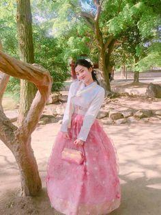 #Weki Meki #Fantagio #iTeen Girls #WeMe #Weki #Meki #위키미키 #Lua #Lucy #Sei #Choi Yoojung #Kim Doyeon #Elly #Ji Suyeon #Rina