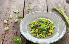 Insalata di asparagi e fave