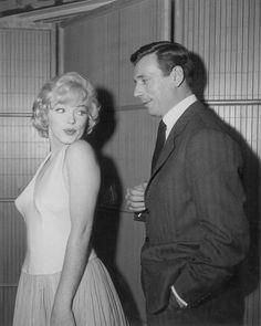 Fox Studios, Josephine Baker, Marilyn Monroe Photos, Eternal Love, Elizabeth Taylor, On Set, It Hurts, Interview, Marriage