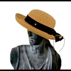 6bae861b161b3 Helen Kaminski Organic Raffia Newport Classic Hat You are looking at Helen  Kaminski crocheted raffia hat