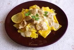 Görög tejszínes-citromos csirke Mashed Potatoes, Eggs, Favorite Recipes, Breakfast, Ethnic Recipes, Food, Whipped Potatoes, Morning Coffee, Smash Potatoes
