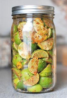 Key Lime Pickle from One tomato, two tomato.For those Carribean Recipes.try along Mango Salsa Indian Pickle Recipe, Fruit Sec, Lime Pickles, Lime Recipes, Homemade Pickles, Pickles Recipe, Preserved Lemons, Chutney Recipes, Fermented Foods