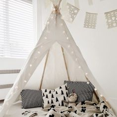 How cute is this! Black and white can look cosy. #interiors #interiordesign #interiordecoration #teepee #cute #kids #homedesign #homedecoration #kidsdesign #designinspo #homeideas #inspiration #ideas #instahomes #blackandwhite #playtime #interiorstyling #homestyling image via #pinterest