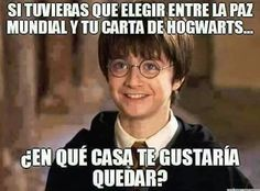 Read Que casa? from the story Humor potterico by M-A-L-I (Panda) with reads. Harry Potter Tumblr, Harry Potter Hermione, Harry Potter Cosplay, Harry Potter Books, Harry Potter Fan Art, Harry Potter Fandom, Harry Potter Characters, Harry Potter World, Harry Potter Memes