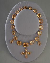 Elizabeth Monroe's topaz necklace.