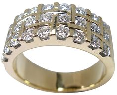 diamond and gold ring from Petersens Jewellers