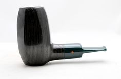 Paronelli Pipe : Pipa Paronelli bog oak billiard fatta a mano Pipes And Cigars, Craftsman, Rings For Men, Carving, Smoking Pipes, Smoke, Peace, Vintage, Design