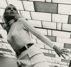 pinterest.com/fra411 #60's retrogirly: 60s Go Go Girl