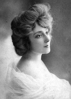 Anna Held, Ziegfeld Girl