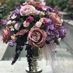 WEBSTA @ tuanahediyelik - Öğretmenlerin emekleri çok büyük...Yıl sonu hatırası çiçek aranjmanımız