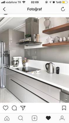 Morden Kitchen Design, Galley Kitchen Design, Simple Kitchen Design, Luxury Kitchen Design, Kitchen Room Design, Best Kitchen Designs, Home Decor Kitchen, Interior Design Kitchen, Modern Grey Kitchen