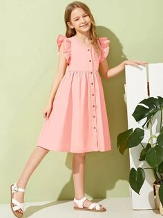 To find out about the Girls Ruffle Trim Button Front Dress at SHEIN, part of our latest Girls Dresses ready to shop online today! Fashion Kids, Girls Fashion Clothes, Fashion Dresses, Frocks For Girls, Little Girl Dresses, Girls Dresses, Kids Outfits, Cute Outfits, Kids Frocks Design
