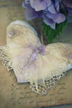 nelly vintage home: lace butterfly w/ embroidery