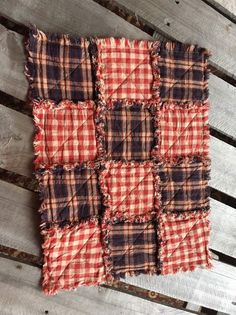 10 all american Homespun Rag placemat Farmhouse Placemats, Denim Handbags, Textile Fabrics, Beautiful Patterns, Sewing, American, Handmade, Diy, Products