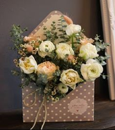 The Best Bouquet Ideas For Your Fall Wedding Bridal Bouquet Fall, Fall Bouquets, Diy Bouquet, Floral Bouquets, Love Flowers, Paper Flowers, Beautiful Flowers, Wedding Flowers, Anemone Flower